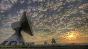 Estación terrestre por satélite almacen de video