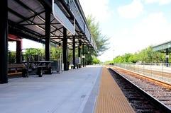 Estación y vías de tren en la Florida Foto de archivo
