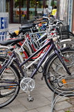 Estacionamento da bicicleta. Finlandia. Fotografia de Stock