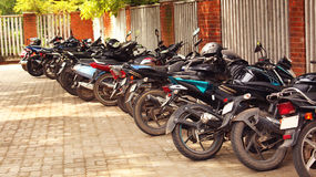 Estacionamento da motocicleta Fotos de Stock Royalty Free