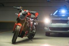 Estacionamento da motocicleta na garagem Imagem de Stock Royalty Free