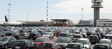 Estacionamento do aeroporto fotos de stock