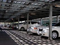 Estacionamento dos carros Imagens de Stock Royalty Free