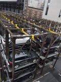 Estacionamento moderno do carro da construção de aço em New York Imagem de Stock Royalty Free