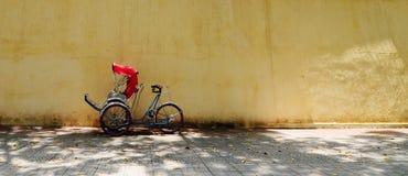 Estacionamiento (ciclo) del carrito de ciclo en Saigon Imagenes de archivo
