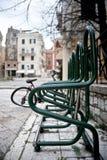 Estacionamiento de la bici. Fotografía de archivo