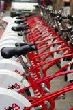 Estacionamiento de la bicicleta imagen de archivo libre de regalías