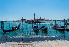 Estacionamiento de la góndola de Italia Venecia Imágenes de archivo libres de regalías