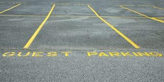 Estacionamiento de la huésped Imagen de archivo libre de regalías