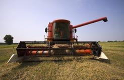 Estacionamiento de la máquina de la cosechadora Imagen de archivo
