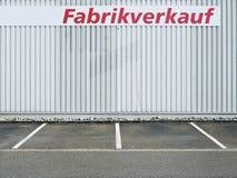 Estacionamiento, estacionamiento, edificio, industrial Foto de archivo libre de regalías