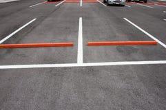 Estacionamiento o zona de estacionamiento al aire libre Foto de archivo