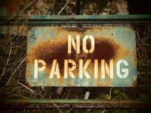 ¡Estacionamiento prohibido! Por favor) Imagenes de archivo