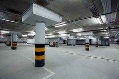 Estacionamiento subterráneo Imágenes de archivo libres de regalías