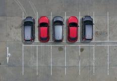 Estacionamientos vacíos en supermercado, visión aérea Fotos de archivo libres de regalías