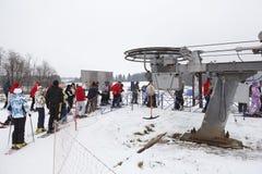 Estaciones de esquí rusas Sorochany en la estación del invierno Imágenes de archivo libres de regalías