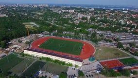 Estadio de fútbol, juego de fútbol, visión aérea metrajes