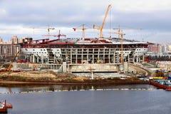 Estadio de fútbol que es construido Fotografía de archivo