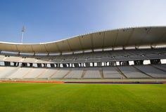 Estadio vacío y el campo Foto de archivo