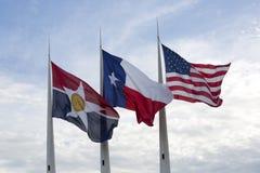 Estado de América, de Texas e bandeiras de Dallas Fotografia de Stock