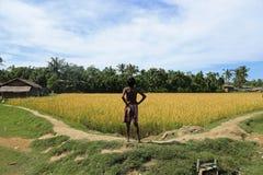 ESTADO DE RAKHINE, MYANMAR - 5 DE NOVIEMBRE: Los centenares de musulmanes Rohingya están sufriendo la desnutrición severa en camp Fotos de archivo