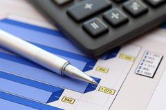 Estados financieros (datos del gráfico de negocio o del mercado de acción) Foto de archivo libre de regalías