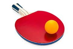 Estafas y bola de ping-pong para jugar a tenis de mesa Fotos de archivo