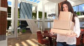 Estagiário novo em um escritório moderno Fotografia de Stock Royalty Free