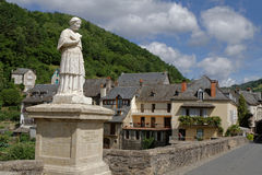 Estaing : the bridge over Lot River Royalty Free Stock Photography