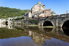 Estaing Dorf in Südfrankreich Lizenzfreie Stockfotos