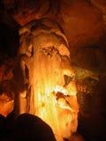 Estalagmita. Cueva de mármol. Crimea. Foto de archivo libre de regalías