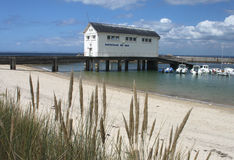 Estaleiro e Seascape perto de Pointe de Trevignon Imagem de Stock