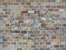 Estallando la pared - textura del ladrillo Fotografía de archivo