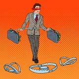 Estallido Art Blindfolded Businessman Walking con el dinero sobre las trampas Riesgo de inversión