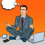 Estallido Art Businessman Meditating en la tabla de la oficina en el trabajo multi de la asignación libre illustration