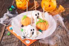Estallido de la torta de Halloween fotografía de archivo
