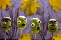 Estallidos dulces de la torta de Halloween Imagen de archivo libre de regalías
