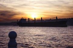 Estambul en la puesta del sol Fotografía de archivo libre de regalías