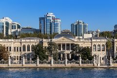 Estambul, Turquía - 23 de octubre de 2017: Estrecho de Bosphorus, Estambul, Turquía Foto de archivo