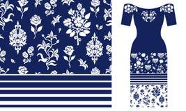 Estampado de flores azul y blanco con los elementos y las rosas del damasco Imagen de archivo libre de regalías