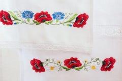 Estampado de flores bordado Imágenes de archivo libres de regalías