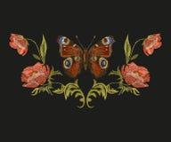 Estampado de flores colorido del bordado con la mariposa de pavo real ilustración del vector