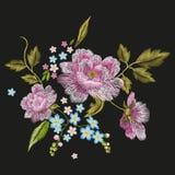 Estampado de flores colorido del bordado con las rosas de perro y olvidar-mí stock de ilustración