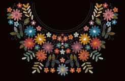 Estampado de flores del escote del bordado Flores y hojas coloridas hermosas Ornamento étnico Diseño bordado stock de ilustración