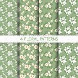 4 estampados de flores blancos y verdes Imagenes de archivo