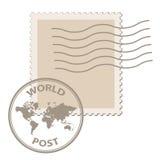 Estampille blanc de poteau avec le cachet de la poste de carte du monde Photographie stock