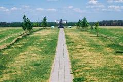 Estando desocupado, Bielorrusia-pueda 20, 2018 uno de los puntos del arco de Struve imágenes de archivo libres de regalías