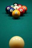 estante 9-Ball de las bolas de billar. Fotografía de archivo