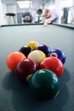 Estante de la piscina de nueve bolas Fotografía de archivo