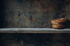 Estante de madera Foto de archivo libre de regalías